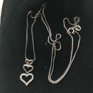 Jewelry - Three heart diamond necklace